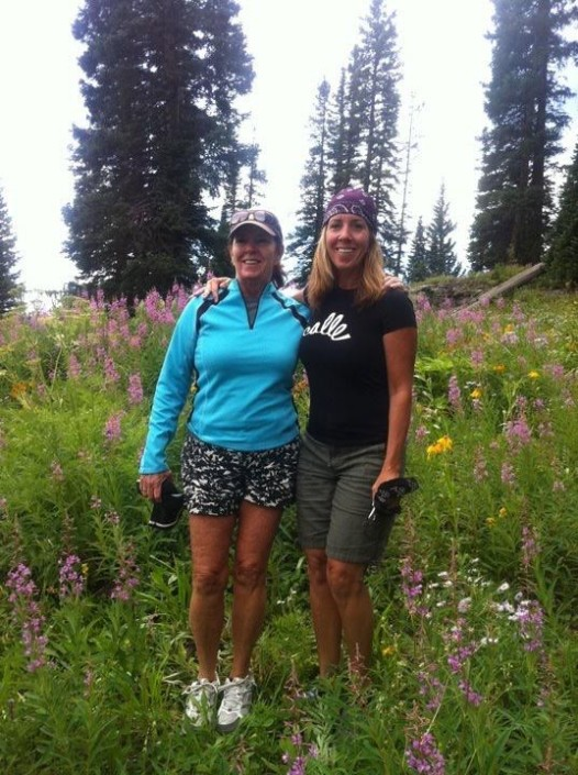 Crested-Butte-Wellness-Retreat-hike